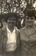 Rosita Holzman y su hija Liora Kaplan - 1965.